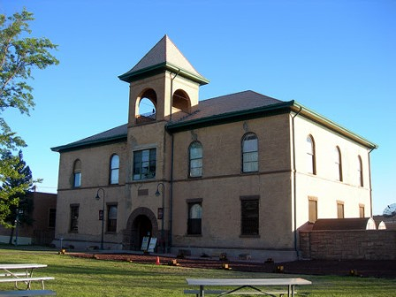HistoricNavajoCountyCourthouse